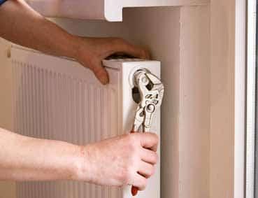 electricien bordeaux depannage urgent de votre convecteur electrique acova airelec aeg. Black Bedroom Furniture Sets. Home Design Ideas